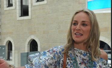 Sharon Stone visiting Mamilla Hotel in Jerusalem (Avi Hayon, Mamilla Hotel)