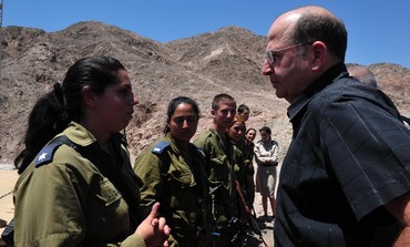 Defense Minister Moshe (Bogie) Ya'alon on Egypt Border, July 23, 2013.