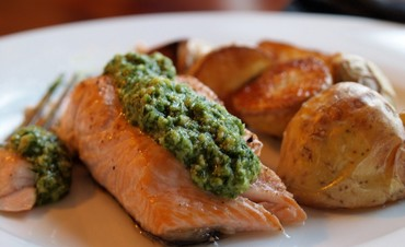 Salmon with lemon dill pesto (Gayle Squires)