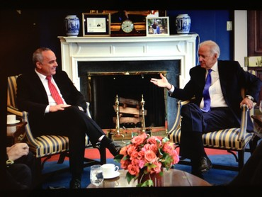 US Vice President Biden hosts Minister Steinitz in Washington, October 24, 2013 (PMO)