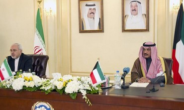 Iranian FM Zarif with Kuwait counterpart, December 2013