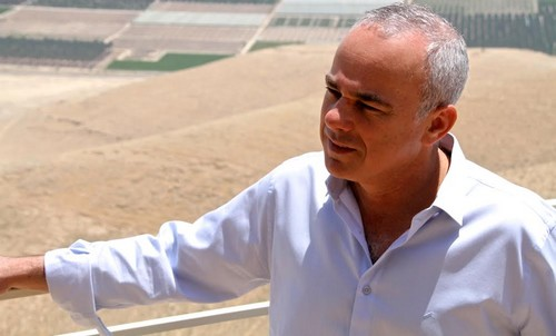Strategic Affairs Minister Yuval Steinitz overlooks the Jordan Valley May 21, 2014. (Tovah Lazaroff)