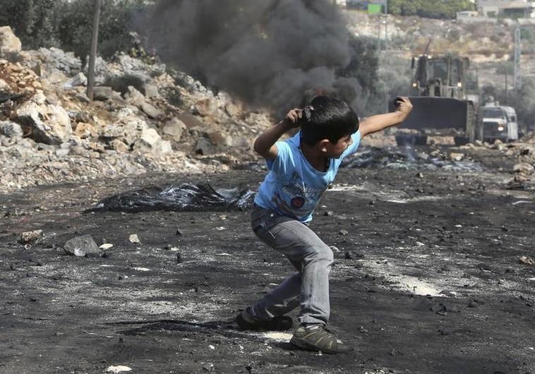 Image result for palestinian boy wet himself idf