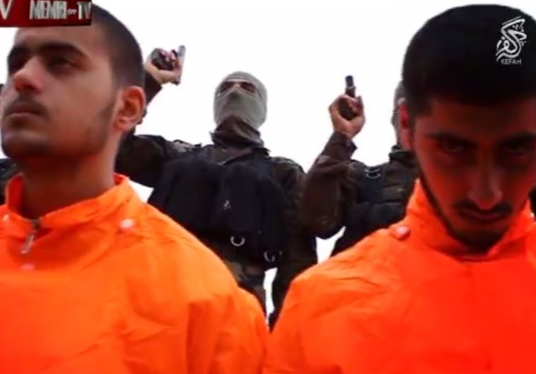 WATCH: Group lines up ISIS prisoners for execution, but preaches Islam instead