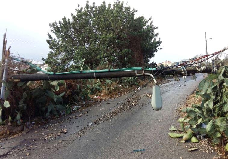 Telephone pole down in Umm al-Fahm. Credit: Israel Electric Company.