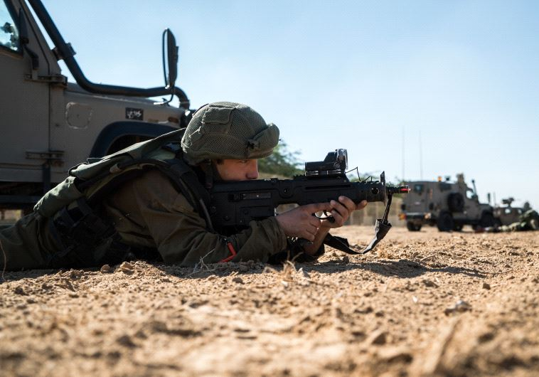 IDF soldiers hold large-scale exercise Dec. 5, 2016 in preparation for possible round of altercations with Hamas on the border with the Gaza Strip (IDF Spokesperson's Unit)
