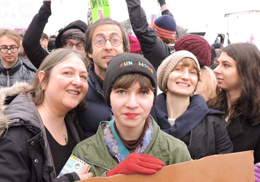 Joan Marcus and her daughters at the Women's March in Washington D.C. (Roger Hecht)