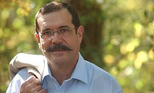 Prof. Alain Aspect.