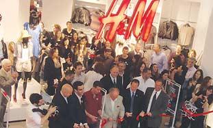 H&M opening ceremony in J'lem.