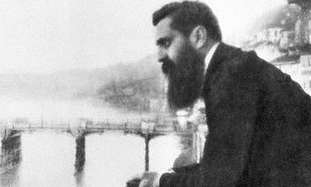 Theodor Herzl leaning over the balcony of the Hote