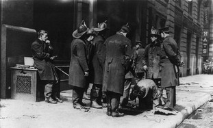 Triangle Shirtwaist, firefighters look for bodies