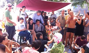 MKs visit tent city housing protest in TA
