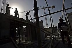 Gov't still offering settlers incentives