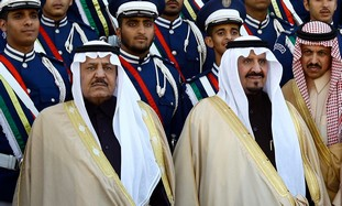 Saudi Princes Nayef (L) and Sultan (R) [File]