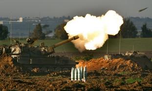 Mobile IDF artillery unit fires a shell [file]