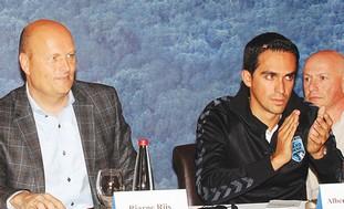Tour de France winner Alberto Contador (right)