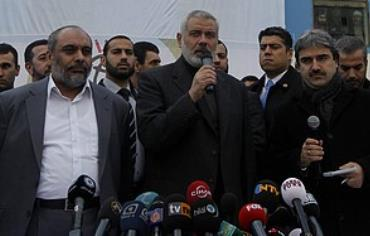 Haniyeh speaks in front of the 'Mavi Marmara,' Mon