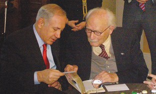 Netanyahu meets with Johan Van Hulst