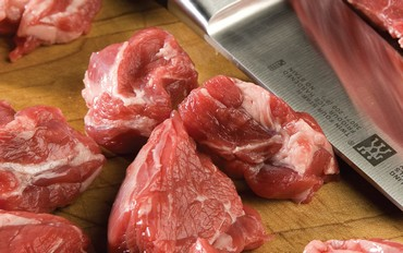 Preparing meat