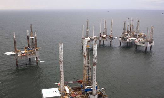 Offshore Oil rig 521