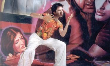Gilles Chuyen.dances Bollywood.