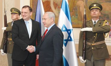 Netanyahu with Czech counterpart, Petr Necas
