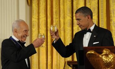 President Peres, US President Obama toast