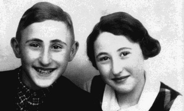 Gad Beck and his sister as children