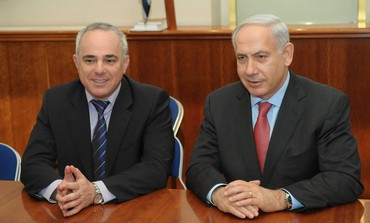 PM Netanyahu and Finance Minister Steinitz [file}