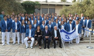 President Peres hosts Israeli Olympic delegation