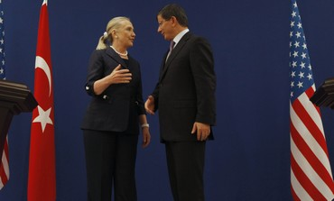 Clinton and Turkish Foreign Minister Davutoglu ta