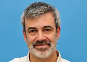 Professor Eli Sprecher