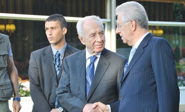 PERES meets with Italian Prime Minister Mario Mont