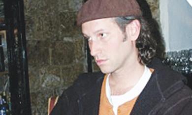 Azriel Cohen.