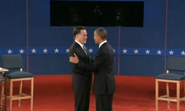 Romney, Obama shake hands at town hall debate