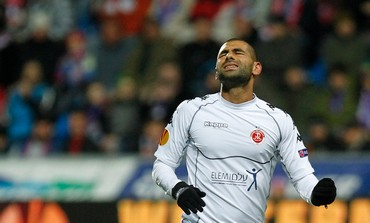 Salim Toama reacts during Europa League game