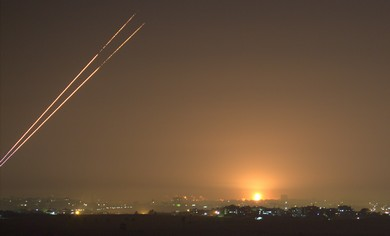 Kassams, IDF bombs erupt in Gaza before cease-fire