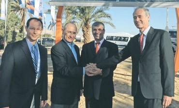 Landau, Simhon inaugurate test facility at Yotvata
