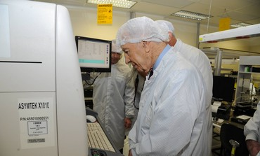 President Shimon Peres visits Phillips facility.