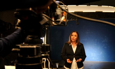 Shelly Yacimovich filming Labor campaign ad.
