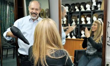 Kaplan hospital stylist Eli Ben-Zikri.