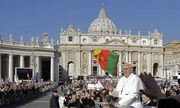 Pope Francis arrives in Saint Peter's Square for his inaugural mass at the Vatican, March 19, 2013.