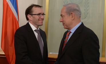 Netanyahu with Norwegian FM Espen Eide in J'lem