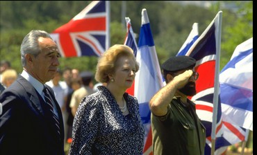 Shimon Peres and Margaret Thatcher