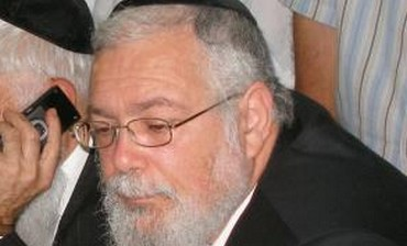 Elad mayor Rabbi Yitzhak Idan.