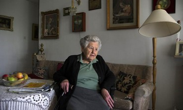 Hungarian-born Holocaust survivor Miriam Helman [file].