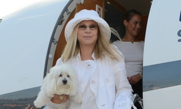 Barbara Streisand arrives n at Ben-Gurion Airport , June 15, 2013.