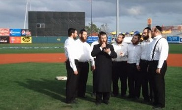 Hasidic a cappella singers.