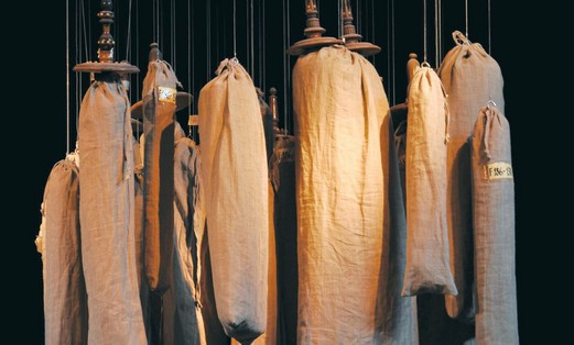 Hanging torah scrolls