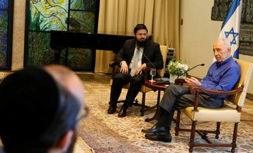 Shimon Peres meets with haredim.
